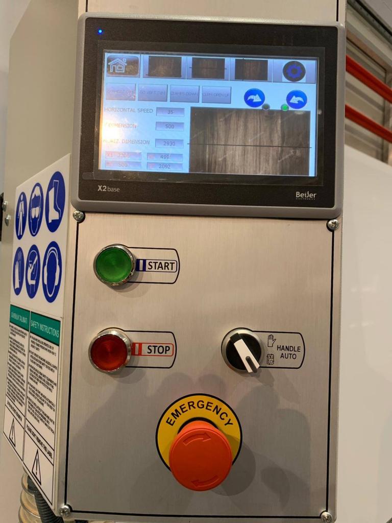 nuovo controllo touch-screen per sezionatrice verticale automatica DPM-KS-AV